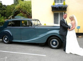 1950 Classic Bentley for weddings in Chichester